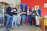Salvarono la vita a un cittadino di Saracena, il comune li ringrazia con una targa