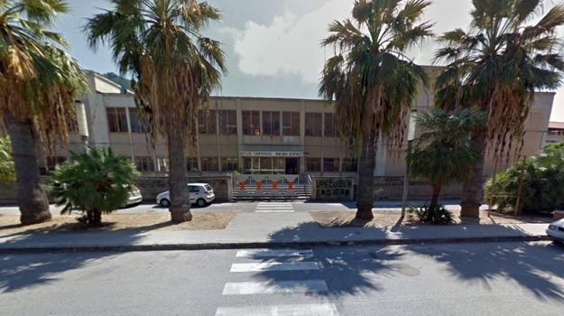 scuola Vibo Marina, sicurezza nelle scuole, Catanzaro, Calabria, Cronaca