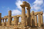 La Sicilia piace ai turisti americani, Forbes elegge l'isola seconda migliore meta al mondo