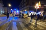 Incidente nella notte a Lamezia, auto si ribalta in via Gramsci: un ferito