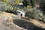Auto finisce in una scarpata, grave incidente ad Alì Terme