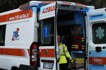 Incidente a Fiumedinisi, anziano precipita con l'auto per 30 metri: è grave