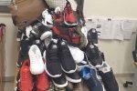 Capo d'Orlando, sequestrati 174 capi d'abbigliamento contraffatti: una denuncia