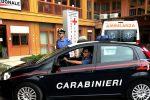 Picchia la convivente incinta davanti a due bimbi, arrestato a Messina