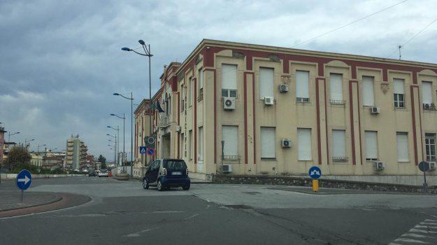 comune barcellona, Calogero Emanuele, Messina, Sicilia, Economia