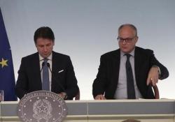 Def, Gualtieri: «Abbiamo intenzione di emettere green bond» Il ministro dell'Economia: «Creeremo un fondo di 50 miliardi per finanziare transizione green» - Ansa
