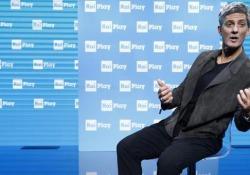 Fiorello: «Dopo le elezioni in Umbria San Francesco ha iniziato a lacrimare Mojito» Lo showman torna con un suo spettacolo (Viva RaiPlay) che si declina tra tv generalista e soprattutto la rinnovata app per la tv di Stato - CorriereTV