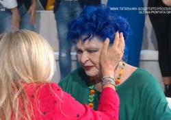 Lucia Bosè torna in tv a «Domenica In» da Mara Venier e si commuove: «Che gioia l'affetto del pubblico» L'attrice torna in Italia dopo tanti anni e si commuove in diretta su Rai Uno - Corriere Tv