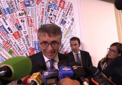 Manovra di bilancio, Cantone: «Tetto al contante scelta giusta» Le parole del Presidente Anac - Ansa