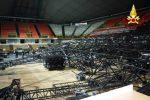 Il crollo del palco al Palasport di Reggio: 5 condanne in appello per la morte dell'operaio