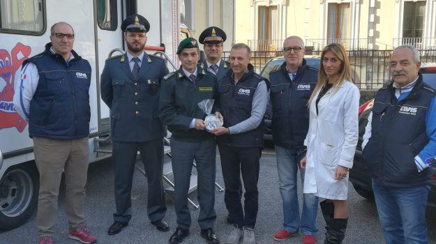 donazione, guardia di finanza, sangue, Catanzaro, Calabria, Società