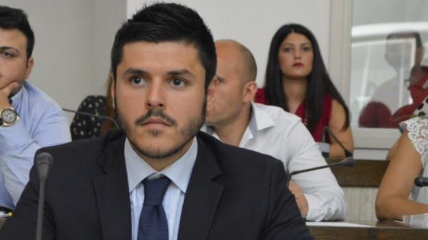 comune di crotone, dimissioni, inchiesta, Alberto Laratta, Ugo Pugliese, Catanzaro, Calabria, Politica