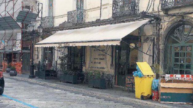 bar Imperiale Catanzaro, centro storico catanzaro, Catanzaro, Calabria, Economia