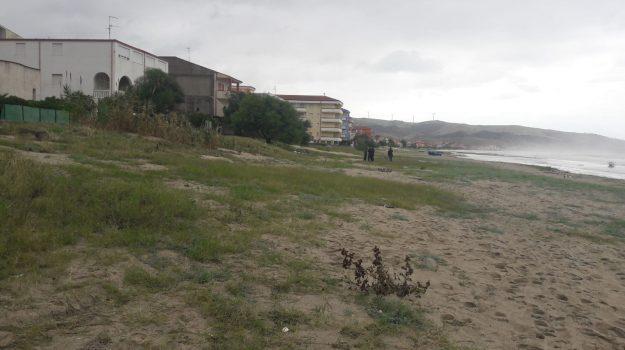 clochard morta, maltempo, strongoli, Catanzaro, Calabria, Cronaca