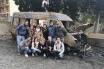 """Furgoncino della """"Discover Messina"""" dato alle fiamme, avviata una raccolta fondi"""