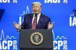 Trump firma il ritiro Usa dall'accordo di Parigi sul clima
