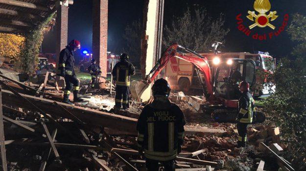 esplosione, vigili del fuoco, Antonio Candido, Giovanni Vincenti, Marco Triches, Matteo Gastaldo, Sicilia, Cronaca