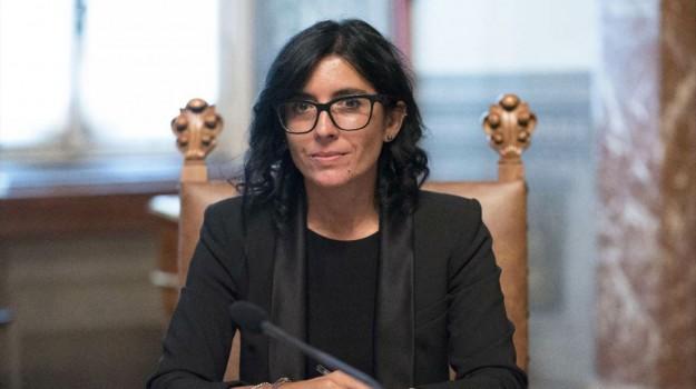 lavoro, pubblica amministrazione, Fabiana Dadone, Sicilia, Politica