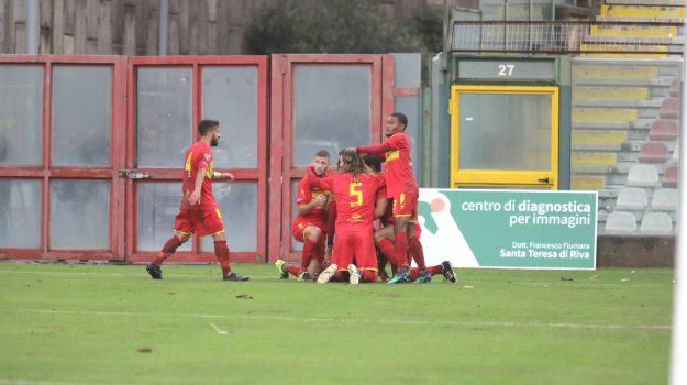 calcio, fc messina, serie d, Messina, Sicilia, Sport