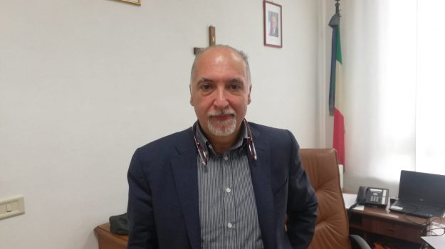 dirigente scuola, scuola messina, ufficio scolastico Messina, Filippo Ciancio, Messina, Sicilia, Cronaca