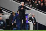 """Mourinho al giornalista: """"Cosa ho detto nell'intervallo? Compra il film e lo scoprirai"""""""