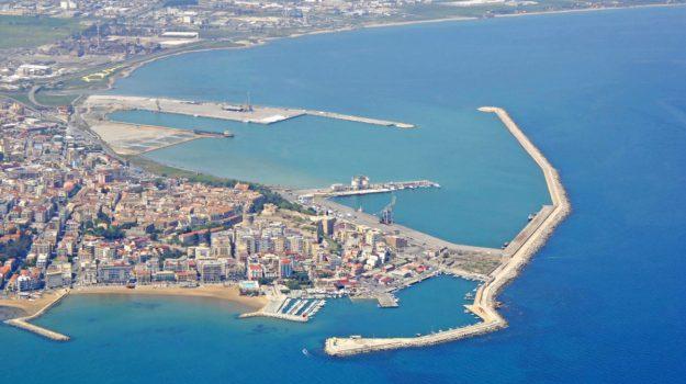 allungamento molo foraneo, porto crotone, Catanzaro, Cronaca
