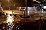 Maltempo nel Messinese, mareggiate sulla costa: il mare invade la terraferma a Santa Teresa, Furci e Scaletta