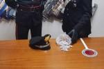 Beccati con la droga in casa, due arresti a Crotone e Isola Capo Rizzuto