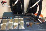 Beccato con armi, munizioni e marijuana: arrestato 24enne di Curinga