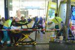 Attacco in Olanda, tre persone ferite a coltellate in una via principale dell'Aja