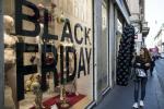 Black Friday 2019, AirPods il prodotto più cercato ma anche abiti e auto: ecco cosa conviene comprare