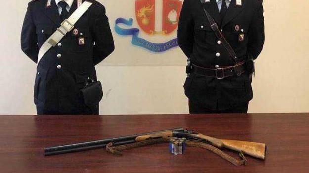 arma abusiva, denuncia Marina di Gioiosa Jonica, minacce, Reggio, Calabria, Cronaca