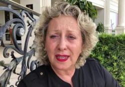 Carolyn Smith: «Ho subito un intervento delicato. Le paure ci sono ma io non mollo» La giudice di Ballando con le stelle ha aggiornato i fan sulle sue condizioni di salute dopo un periodo di silenzio: «È stato come prendere un pugno sotto la cintura» - Corriere Tv