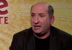 Cinema, Albanese: «Dobbiamo reagire a 'strani virus' che girano in Italia» Il comico torna sul grande schermo con «Cetto c'è, senza dubbiamente» dal 21 novembre - Ansa