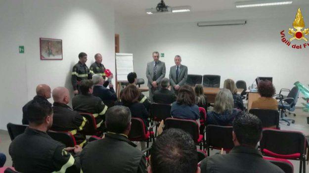 esplosione, vigili del fuoco, Catanzaro, Calabria, Cronaca