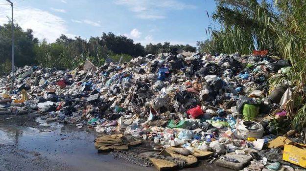 comuni, ordinanza, rifiuti, Mario Oliverio, Calabria, Politica