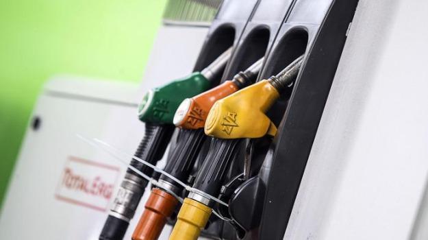 benzina, bollette, iran, rincari, usa, Sicilia, Economia