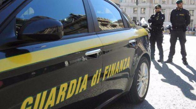 furto in chiesa, locri, Reggio, Calabria, Cronaca