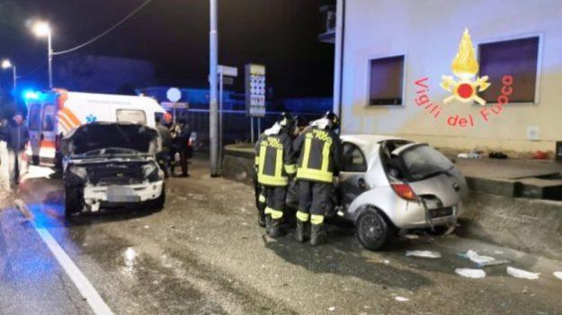 incidente, viale magna grecia, Catanzaro, Calabria, Cronaca