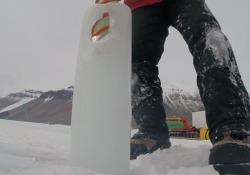 La carota di ghiaccio vecchio di 2 milioni di anni Servirà per studiare il clima del passato - Corriere Tv