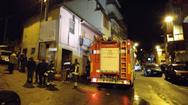 incendio, vigili del fuoco, Reggio, Calabria, Cronaca