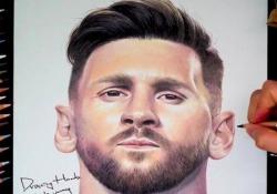 Messi, il ritratto sembra reale L'account Drawinghands su Tik Tok propone un ritratto di Lionel Messi - Dalla Rete