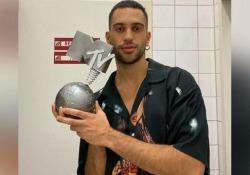 Mtv Ema 2019, Mahmood migliore artista italiano: è Best Italian Act degli Mtv Europe Music Awards Chi sono gli altri vincitori delle statuette che premiano artisti e canzoni più popolari d'Europa - Ansa
