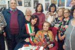 A Cosenza nonna Giuseppina festeggia con i familiari il secolo di vita