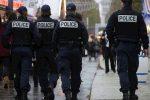Francia, tir non rispetta il divieto e fa crollare un ponte: due morti