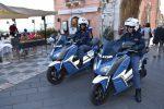 Botte, minacce e candeggina contro la vicina: coppia arrestata a Taormina
