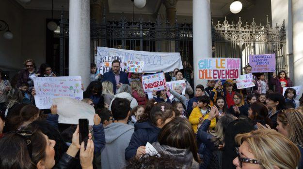 professori, protesta, scuola, studenti, Cateno De Luca, Messina, Sicilia, Cronaca