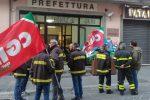 Potenziamento degli organici, i vigili del fuoco di Vibo scendono in piazza