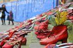 Giornata contro la violenza sulle donne, ecco perché il 25 novembre e le scarpe rosse