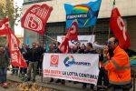 Terzo sciopero dei lavoratori Blu Jet a Messina, adesioni vicine al 100%